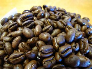 """Peaberry Kona Coffee beans at Kona De Pele in Kailua-Kona, Hawaii (Big Island)..."" by Nathan Gray: A Culinary (Photo) Journal is licensed under CC BY-NC-SA"